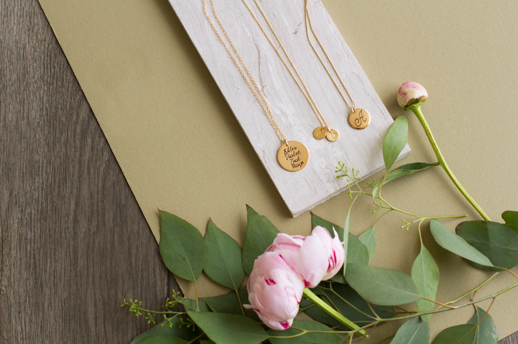 3 necklace charm styles for moms